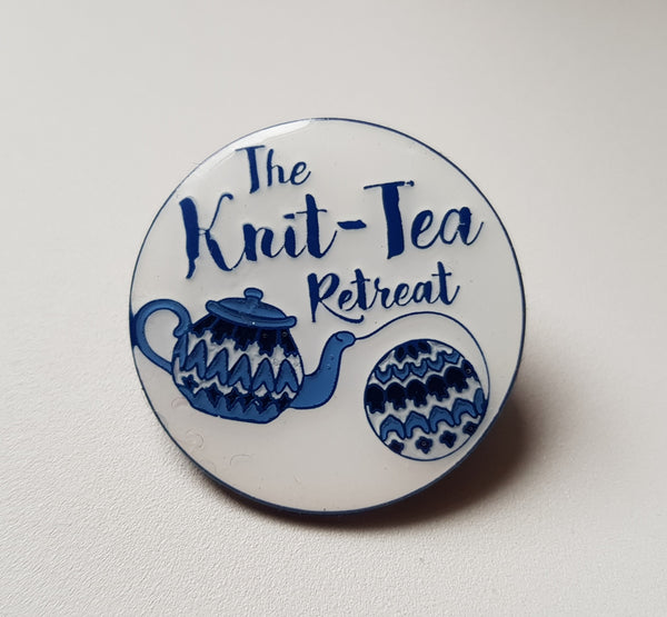 Knit-Tea Retreat Nordic pin badge