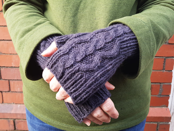 Ash Path Mitts knitting pattern