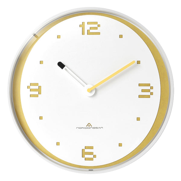 Creative personality of modern minimalist ultra-quiet household Nordic wall clock