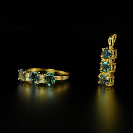 1.84ctw Natural Alexandrite Diamond 18K Yellow Gold Set