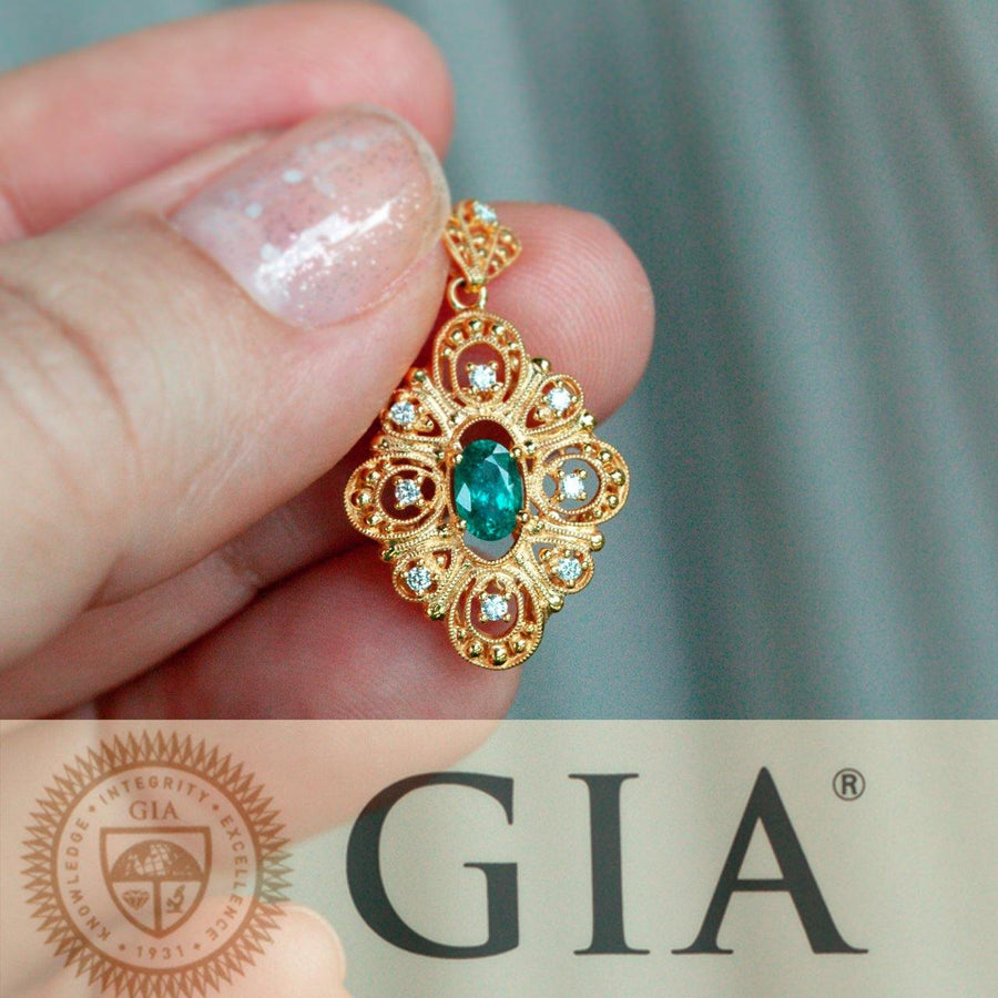 Natural Alexandrite Diamond 18k Yellow Gold Filigree Pendant/Necklace,  GIA certified