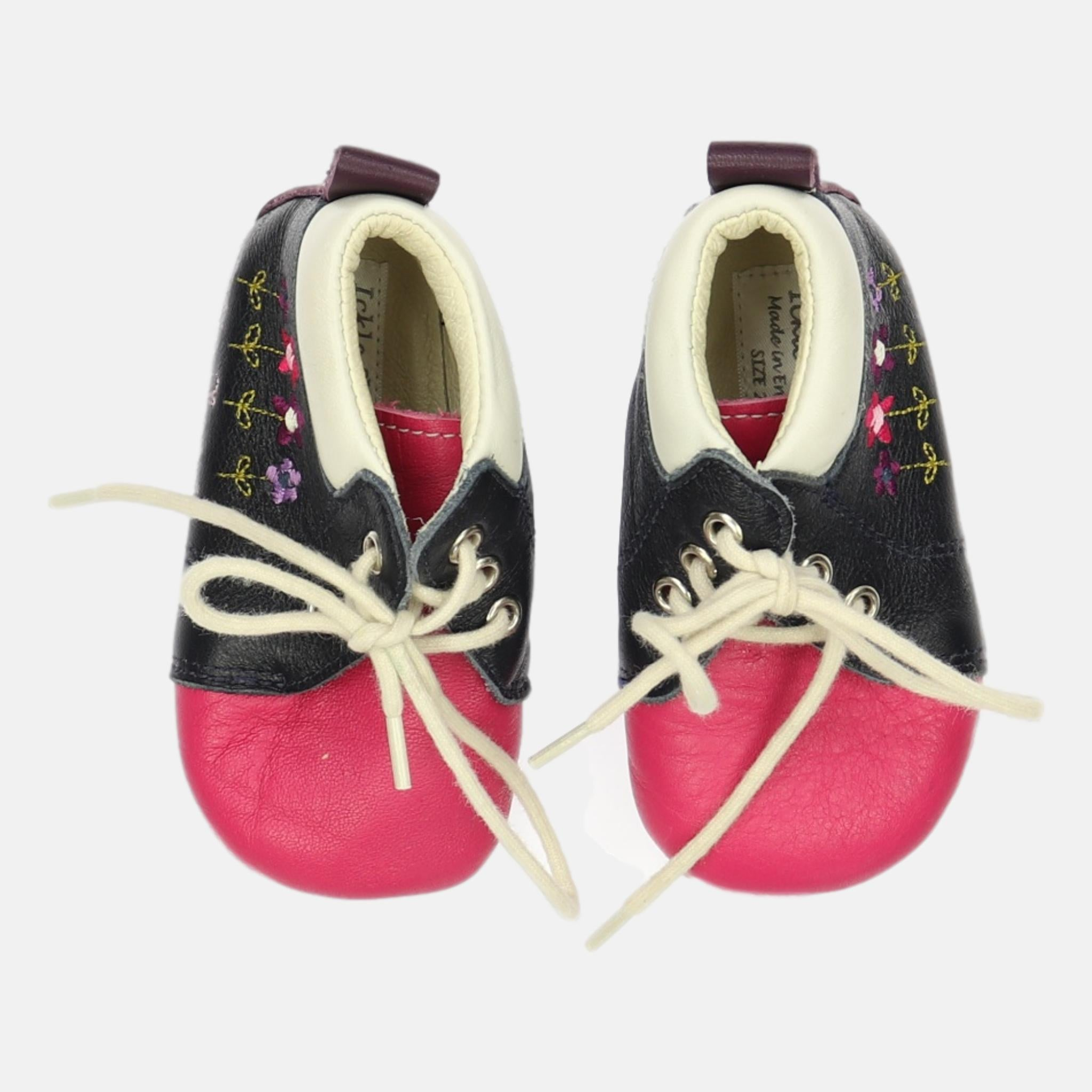 Shoes, Size Infant 4