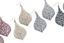 Load image into Gallery viewer, Chantilly Lace Filigree Earring