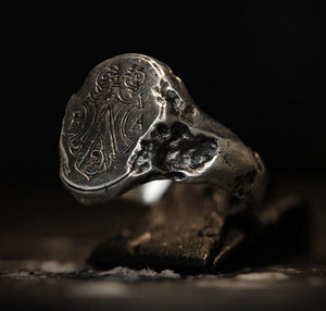 Decayed Signet Ring