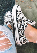 Load image into Gallery viewer, Leopard Printed Lace-Up Sneakers