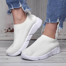 Load image into Gallery viewer, White All Season Elastic Cloth Sneaker