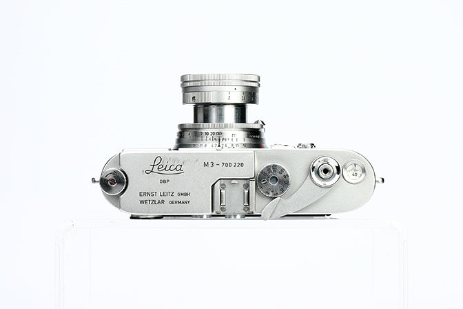 LEICA M3 CHROME WITH SUMMICRON-M 2/5 CM LENS & METER