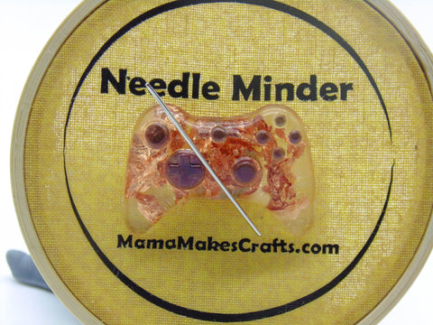 Controller Needle Minder - ideal for sewing, embroidery and cross-stitch