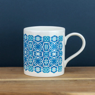 Bright blue flower mug - DoodlePippin