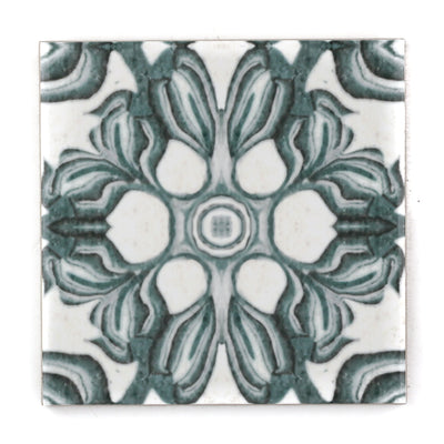 Hedera Tile - Green and White Vintage Effect - DoodlePippin