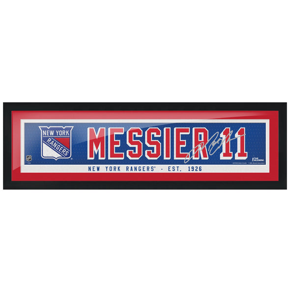 New York Rangers Messier Alumni Framed Name Bar with Replica Autograph