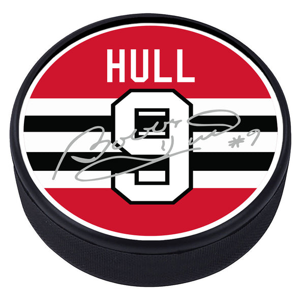 Chicago Blackhawks™ B. Hull Souvenir Player Puck with Replica Signature