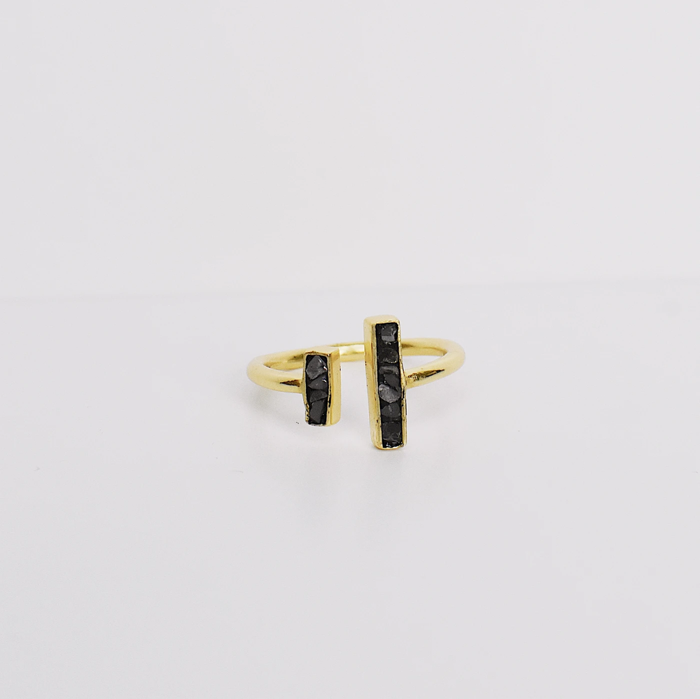 Linear Deco Ring Black