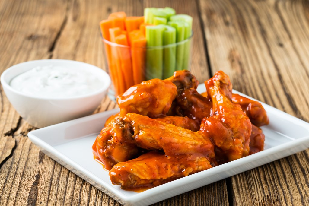 Sunwest Frozen Fully Cooked Buffalo Chicken Wings (approx 120 pieces) 2 kg - 2 Pack [$15.50/kg]