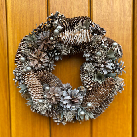 Silver Cloud 30cm Festive Wreath - From 7th December