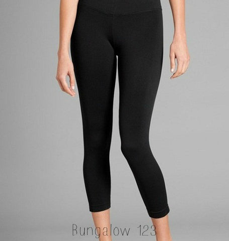 B123 Seamless Capri Leggings - Multiple Colors