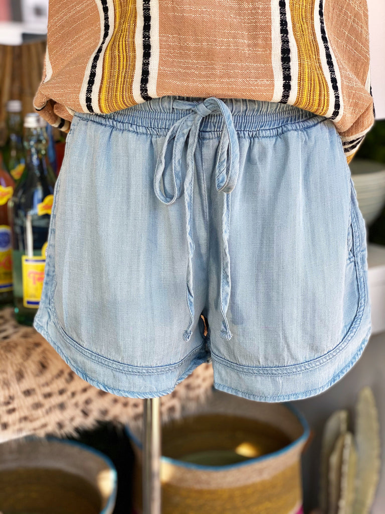 Wanderwell Shorts - Assorted Colors