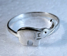 Load image into Gallery viewer, Elephant Ring - Delicate ring | Mineovermatter Designs