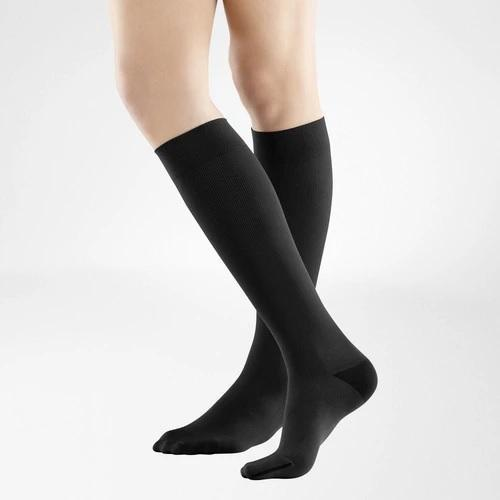 A black colour knee-high socks. It is one of Bauerfeind Australia's best compression socks, VenoTrain Business Socks.