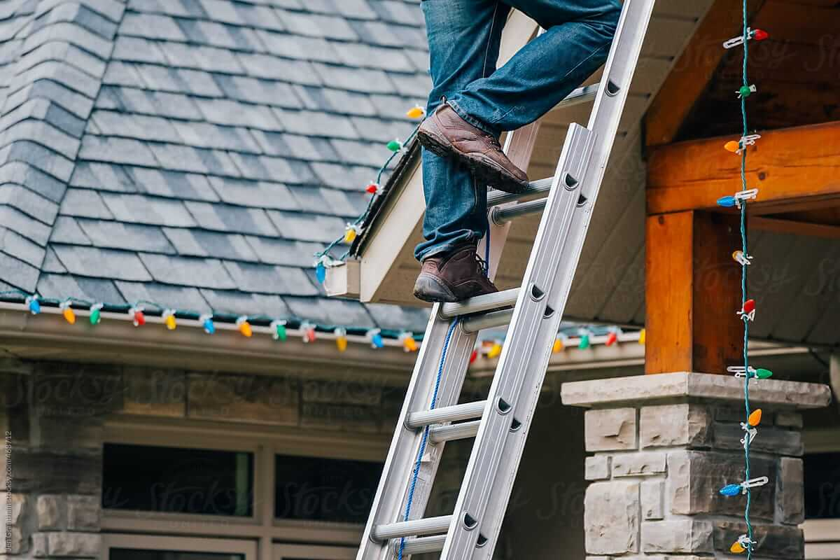 Even expert Christmas light installers need a safety protection system when installing solar panels