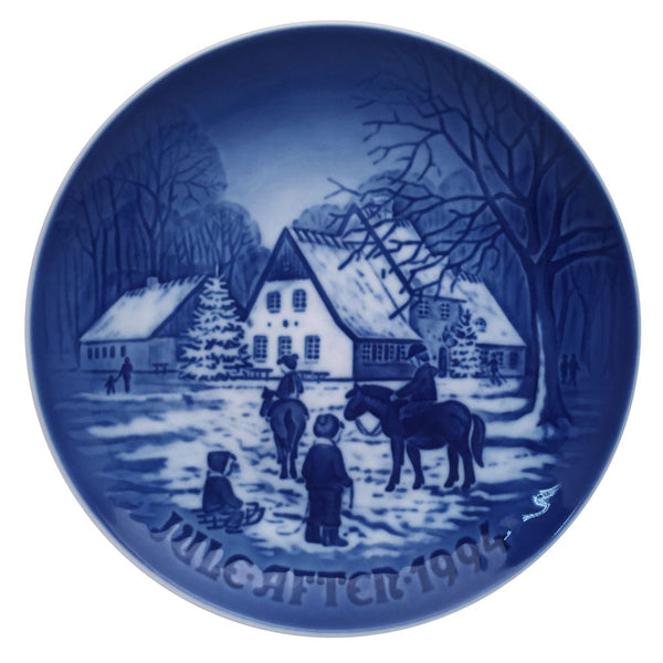Bing & Grondahl Christmas Plate 1994 - A Day At The Deer Park