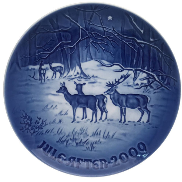 Bing & Grondahl Christmas Plate 2009 - Christmas In The Woods