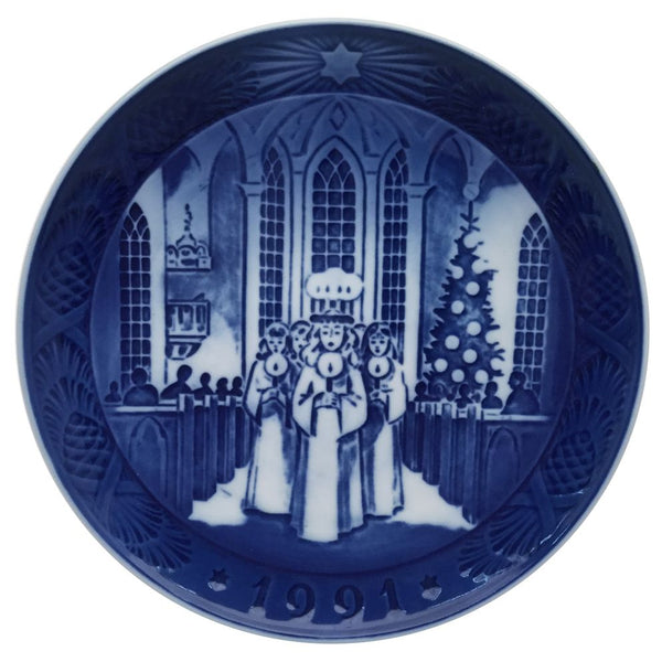 Royal Copenhagen Christmas Plate 1991 - The Festival of Santa Lucia