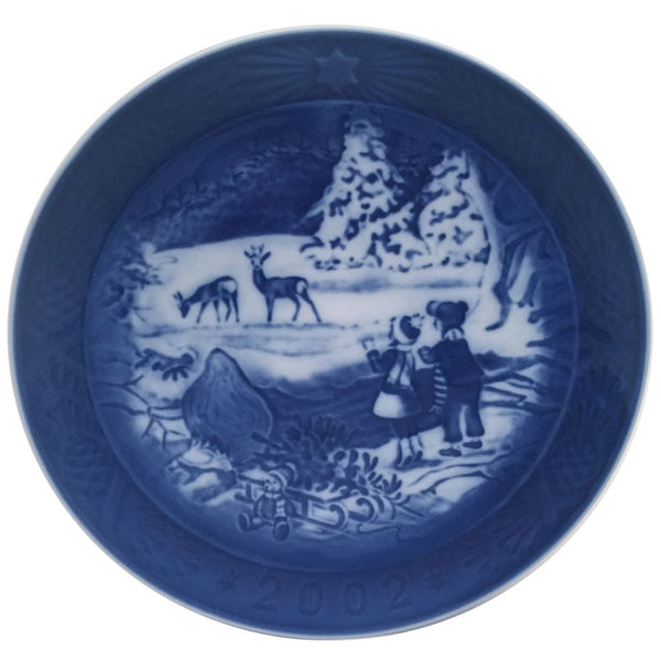 Royal Copenhagen Christmas Plate 2002 - Winter In The Forest