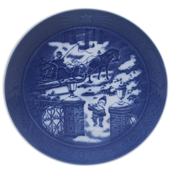 Royal Copenhagen Christmas Plate 2003 - Seasons Greetings