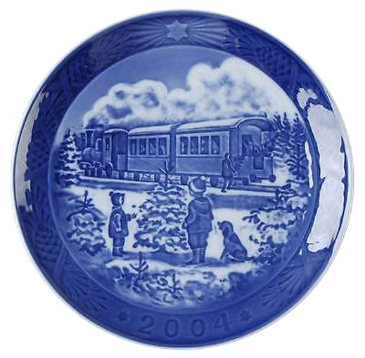 Royal Copenhagen Christmas Plate 2004 - Awaiting The Train
