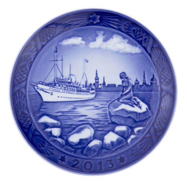 Royal Copenhagen Christmas Plate 2013 - The Little Mermaid