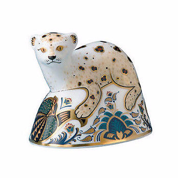 Royal Crown Derby Leopard Cub Paperweight - Limited Edition