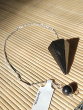 Load image into Gallery viewer, Shungite Pendulum