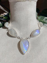Load image into Gallery viewer, S.S. Teardrop Moonstone Necklace