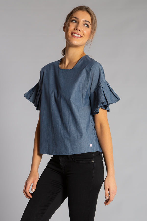 PLEATED ANGEL TOP