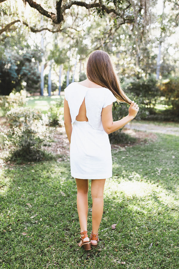 White - The Sullivan Dress - Lifestyle2