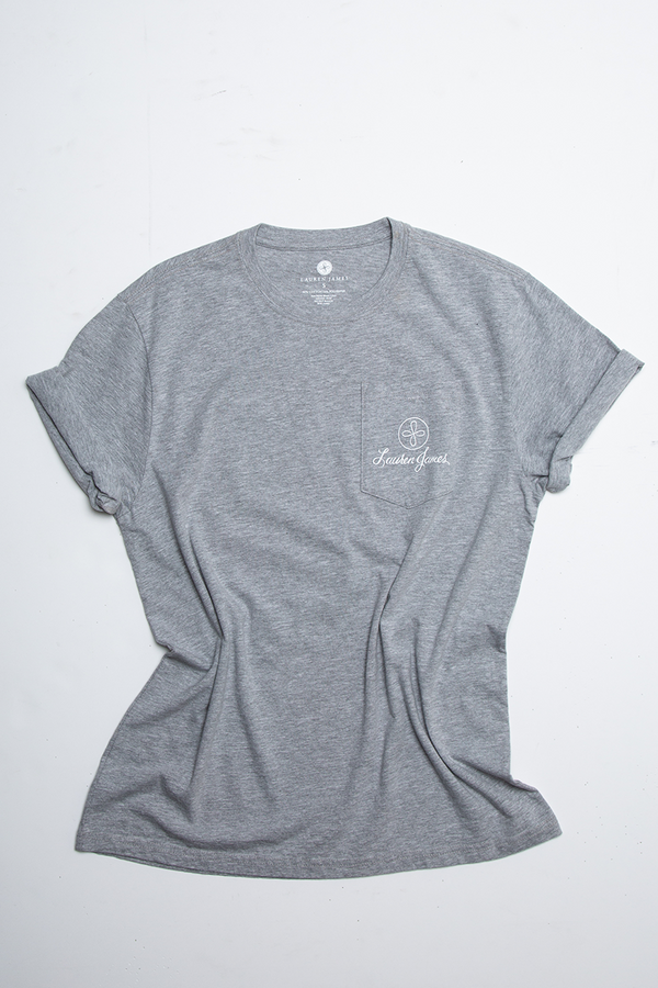 THE WORLD IS LOVE POCKET TEE S/S
