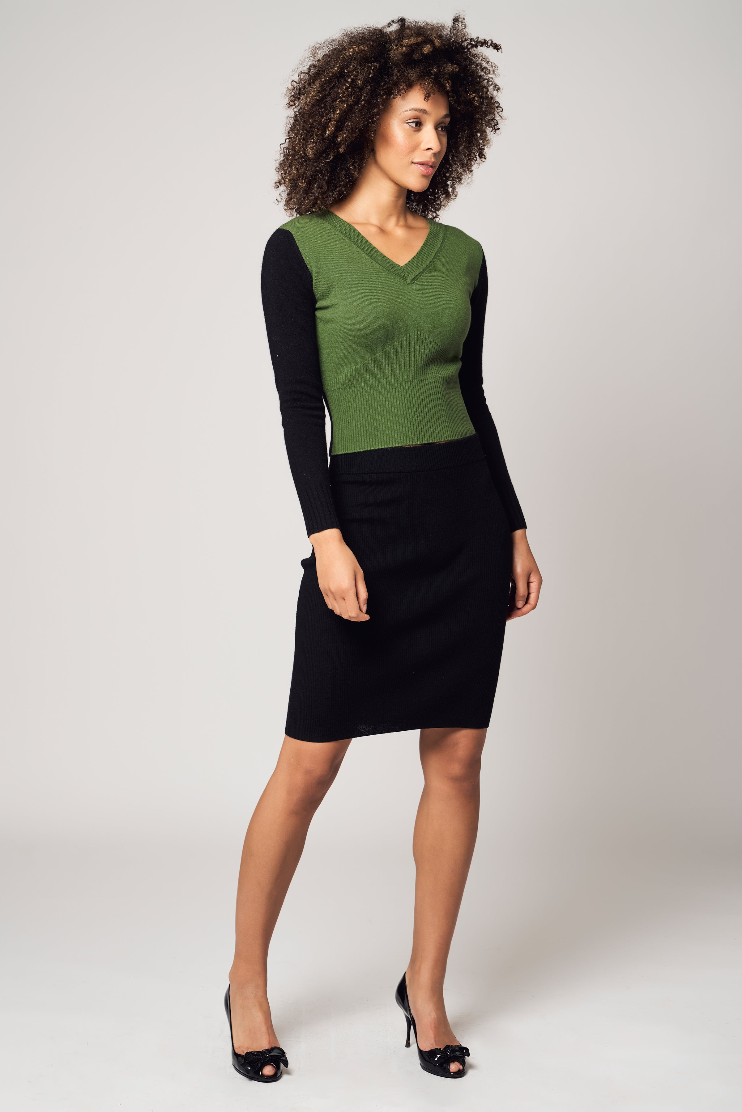 Two Tone V-Neck Cashmere Sweater