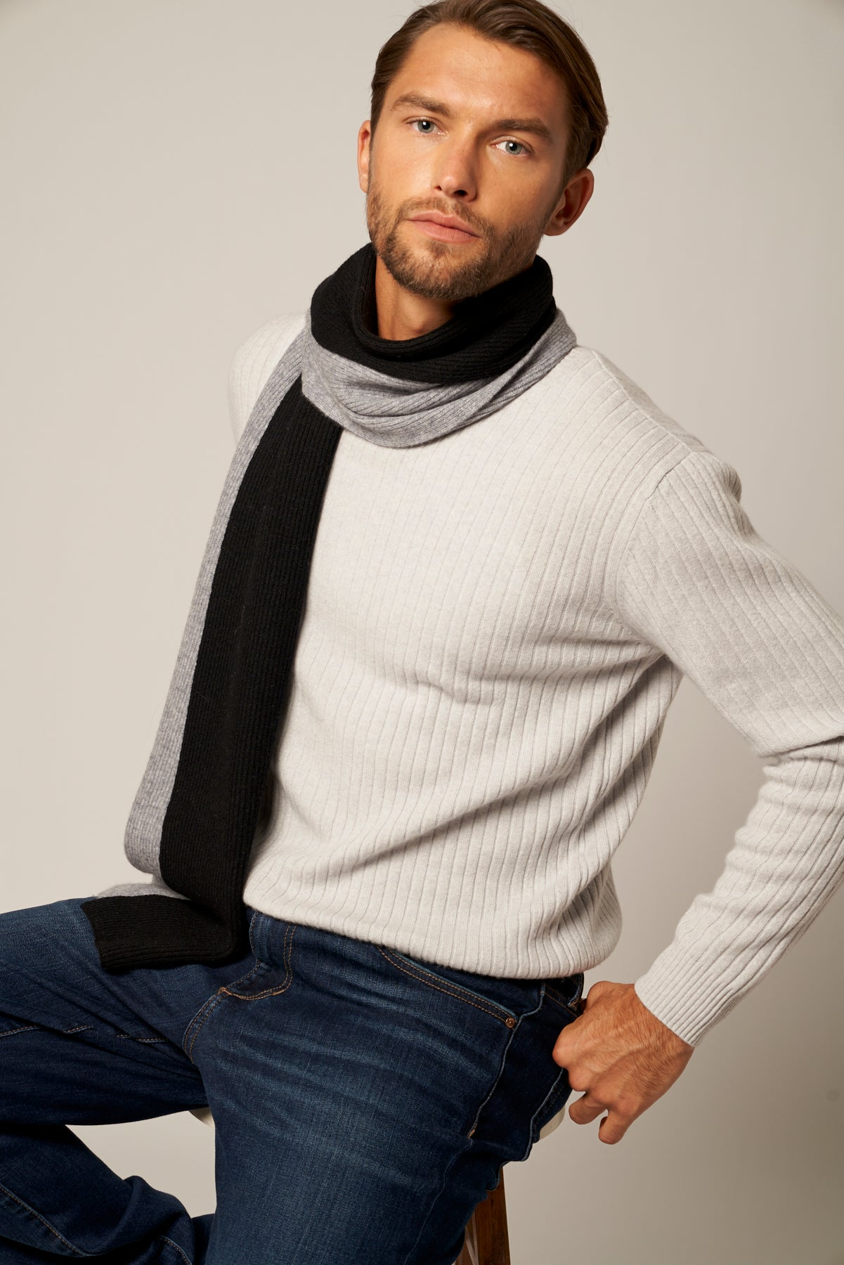 Ultra Soft Crew Cashmere Neck Sweater