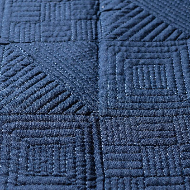 Blue & White reversible geometric embroidered comforter