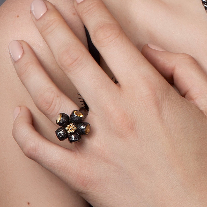 Black Ophelia Ring With 5 Citrines