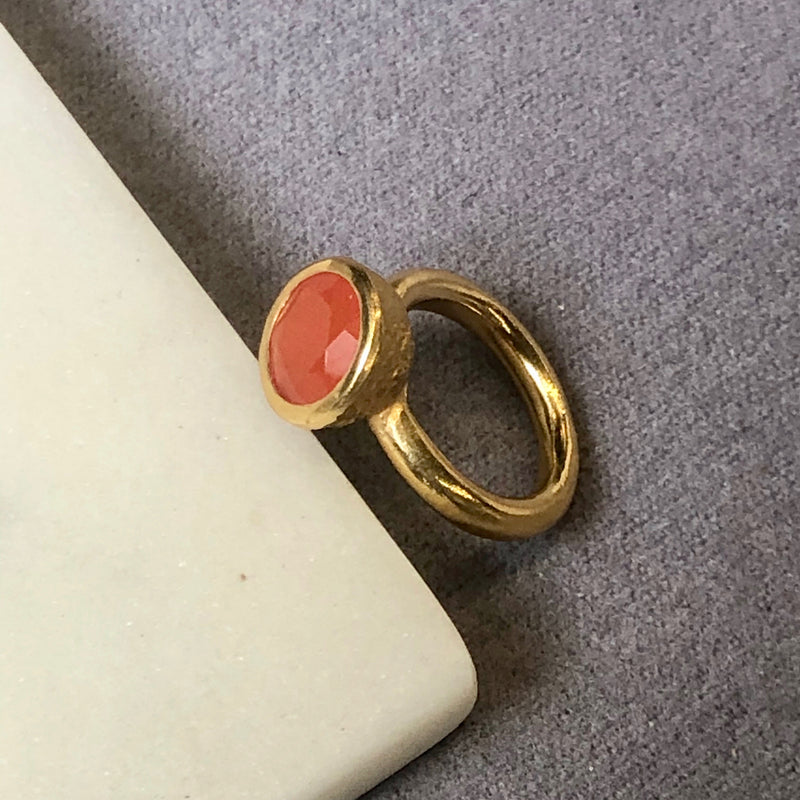 Behrianna Ring - 10mm Carnelian - Gold