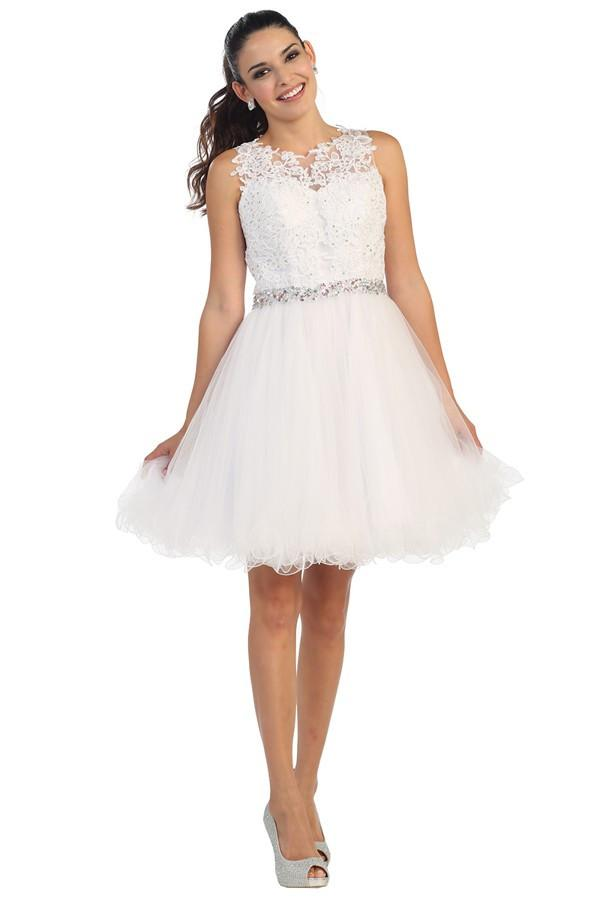 Embellished Laced Tulle Dress With Belt Design