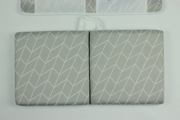 Exclusive Safari Totz Bath Kneel-er & Elbow Rest Set -  Grey Geometric