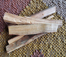 Load image into Gallery viewer, Palo Santo Sticks - Pack of 4
