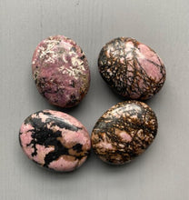 Load image into Gallery viewer, Rhodonite Palm Stone