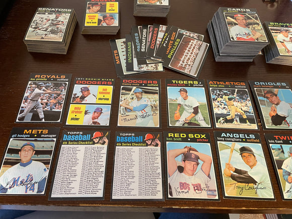 1971 Topps Baseball Lot (300) - Includes Teams, Minor Stars, Rookies