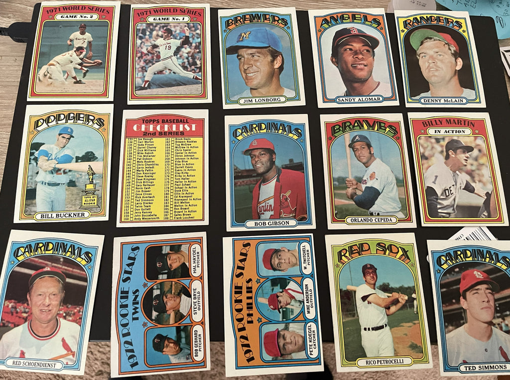 1972 Topps  Baseball High Grade Lot (300) EX-EX/MT - Stars, Minor Stars, Team Cards