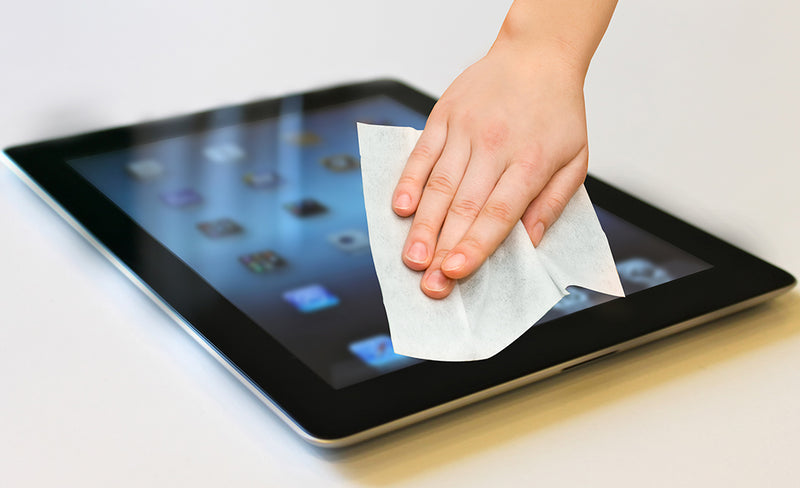 safe touch screen wipes for oleophobic coating