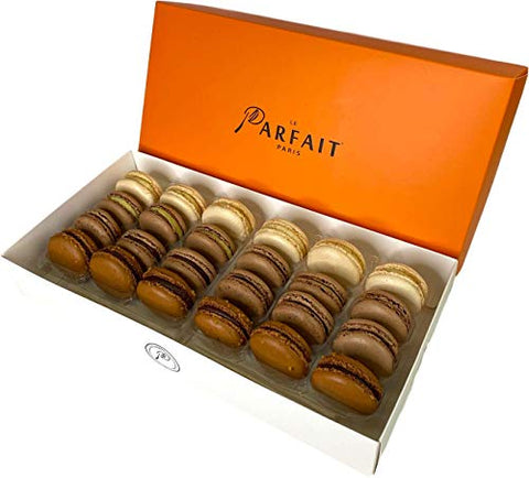 Le Parfait Paris Chocolate Lovers Macaron Box - Heavenly Gourmet French Meringue-Based Dessert Set - Baked and Delivered Fresh - Delicious Luxury Party Favor and Sweet Snack - Box of 24 Macarons